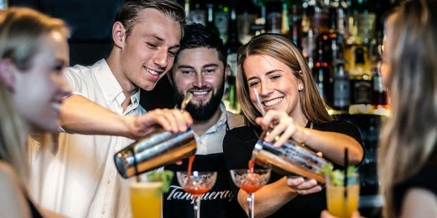 Picture of Couple's Mixology Classes